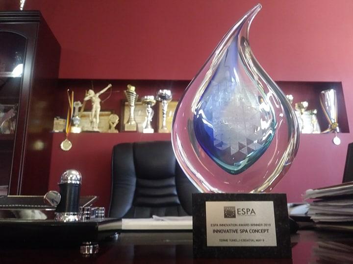 - Premiu ESPA 3 - Premiu internaţional pentru industria SPA din România